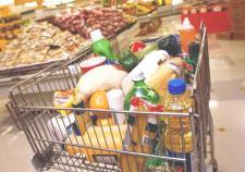 В магазинах Свердловской области начали собирать продукты для нуждающихся