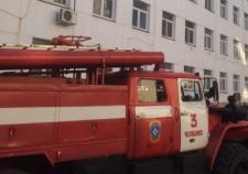 При пожаре в Челябинске мать выбросила трехлетнего сына из окна