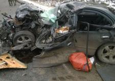 Водитель иномарки из Татарстана попал под грузовик и погиб в Тюменской области